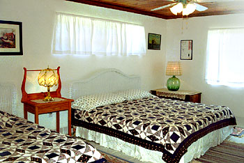 A bedroom in the second wing at Sunrise Villa Eleuthera